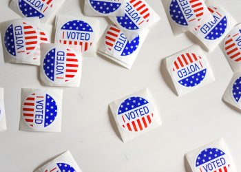 how to manage political differences during the election